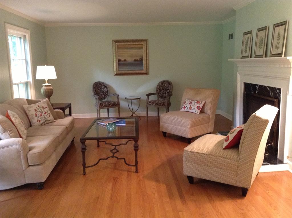 Customer reviews for brook furniture rental for Cort furniture reviews